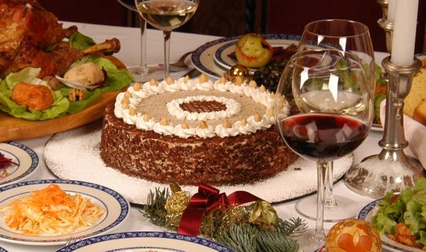 rokoko 02stol Rokoko torta s lješnjacima bolja i od moje omiljene iz Cukeraja