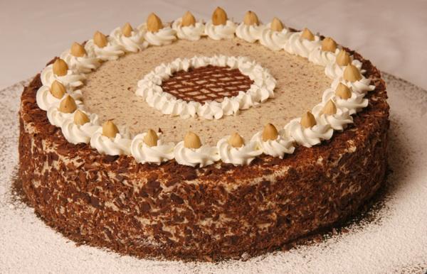 rokoko 03torta Rokoko torta s lješnjacima bolja i od moje omiljene iz Cukeraja