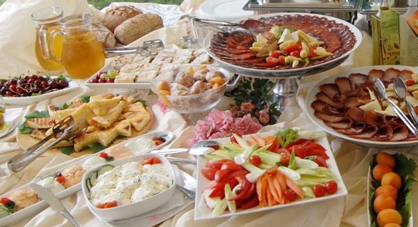 Dobro došli dragi gosti Dorucak_03narodnilijevirenatobran