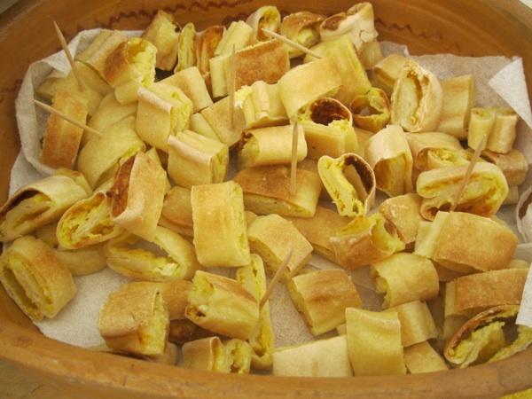 Narezani: na sajmu za degustaciju ili pofureni i maslacem ili maslom preliveni za predjelo ili uz pečenku kao prilog preliven njezinom masnoćom (Snimio MIljenko Brezak / Acumen)